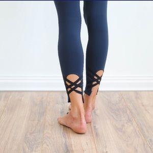Pants - ☀️🌵💕 Navy Black Ankle Cross Athletic Leggings
